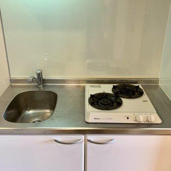 キッチンは使い勝手の良いガス2口!