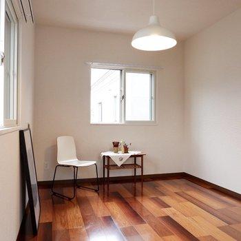 各部屋、採光面が多いのがいいですね。※家具・雑貨はサンプルです
