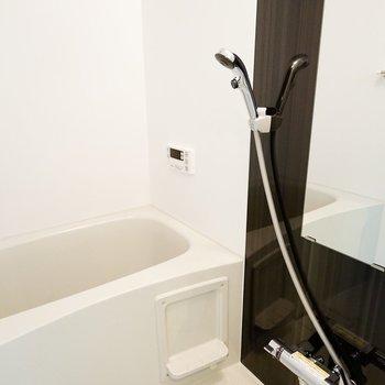 お風呂も綺麗、かつシンプル