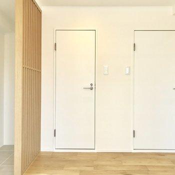 こちらにも扉が2つ