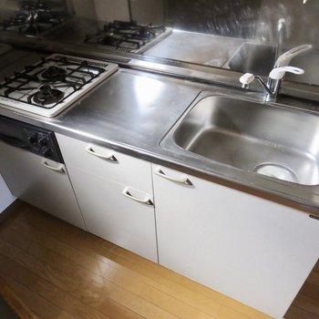 調理スペースもしっかりあるので、料理もしやすいですね