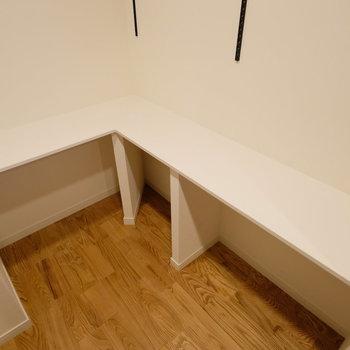 机の広さもこの通り!