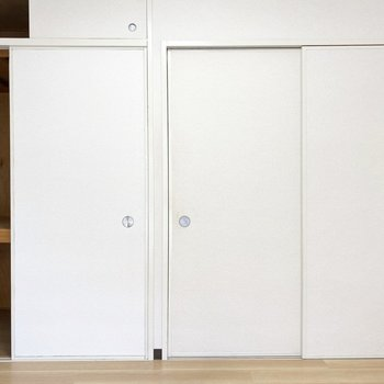 お部屋の扉はスライドドアです※写真は3階の同間取り別部屋のものです