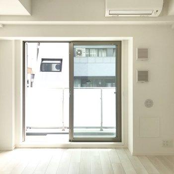白く煌めく※写真は5階同間取り別部屋のものです