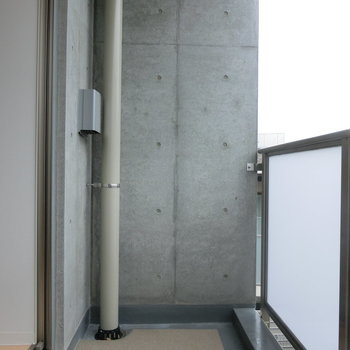 バルコニーに出てみた。※写真は3階の同間取り別部屋のものです