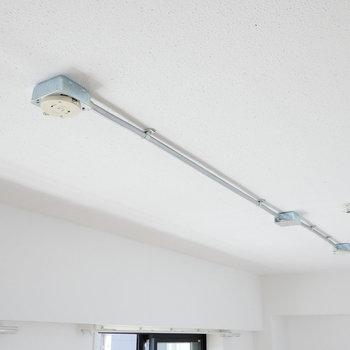 【ディテール】リビング・天井。※写真は4階の同間取り別部屋のものです
