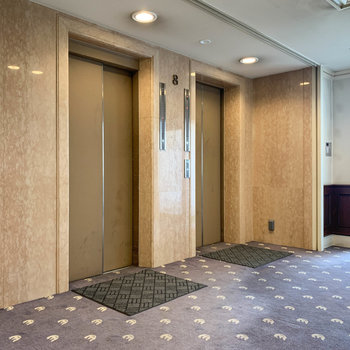 エレベーターは2機あります。
