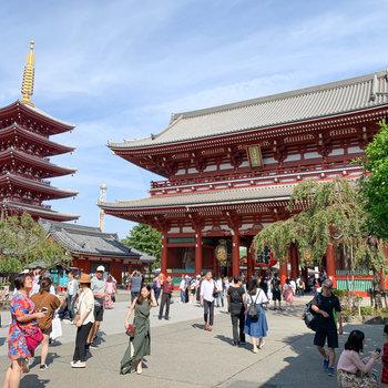 浅草寺など、浅草らしい場所が。