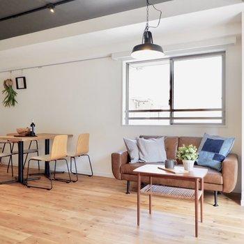 セレクトした家具を置いて暮らしを楽しみたいですね。