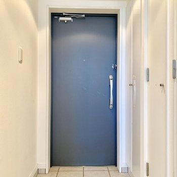 玄関の段差は小さめです。
