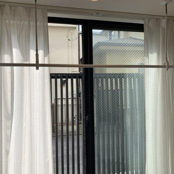 【DK】風通しの良い窓の前で、洗濯物が干せますね。※写真は前回募集時のものです