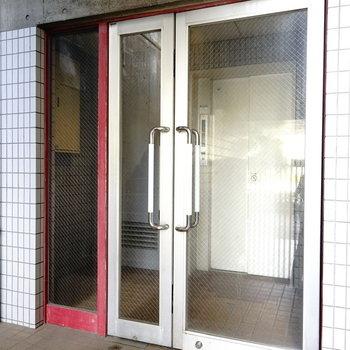 6階まではエレベーターでひとっ飛び。