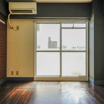 6階なので、陽光が燦々と降り注いできます。