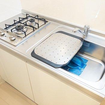 ちゃんと調理スペースを作り出す工夫が!