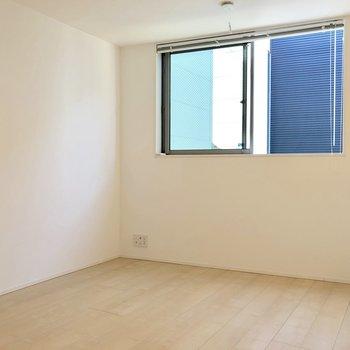 【2階】ゆったりと過ごせそうな空間になっています