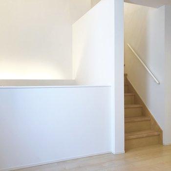 【2階】下のキッチンから吹き抜けになっています