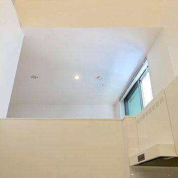 【2階】おお、天井が高いです!