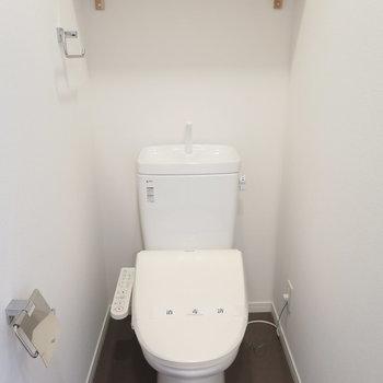 【イメージ】トイレにはウォシュレット新設です