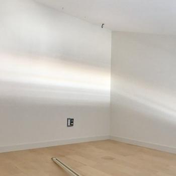 工事中】ロフト上部も贅沢に無垢床貼り!