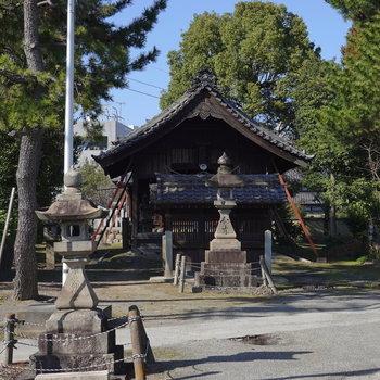 妙興寺以外にも、駅からの道中には見所がたくさん。