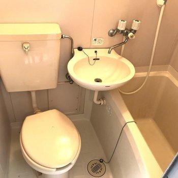 浴槽・トイレ・洗面台をまとめて一室に。(※写真は4階の同間取り別部屋のものです)