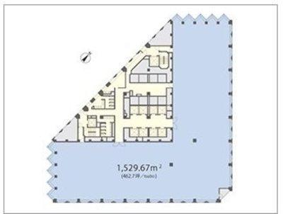 三角の高層オフィスビル の間取り