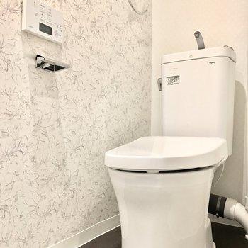 トイレはウォシュレット付きですよ◎
