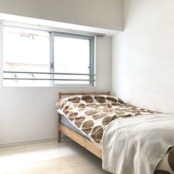 納戸はベッドルームとして♩(※写真は5階の同間取り別部屋、モデルルームのものです)