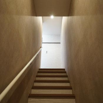 階段とテンションは上がるもの