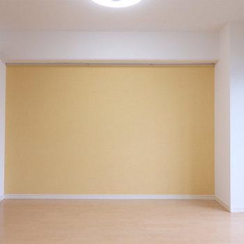 ポップなカラーリングが高ポイント!※写真は2階同間取り・別部屋のものです。