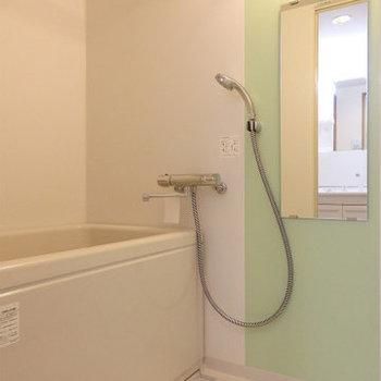 お風呂はプロパンガスです※写真は2階同間取り・別部屋のものです。