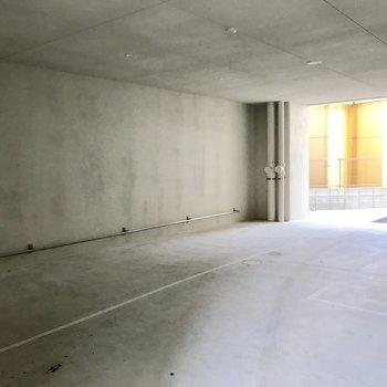 マンション1階部分に駐輪スペースあります!