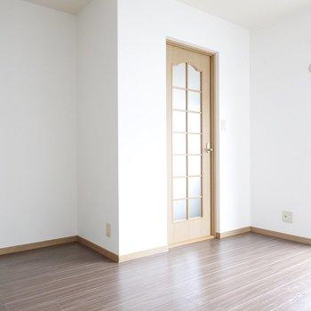 一階ですが、たくさん光が入ってくるのでとても居心地が良いです!