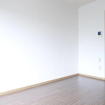 玄関入ってすぐお部屋! 疲れて帰ってきてもすぐ休めます。