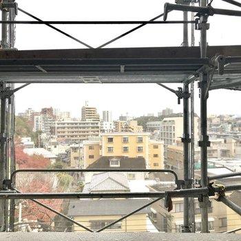 眺めも綺麗◯(※写真は6階の別部屋、外壁工事中のものです)