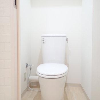 しゅっとしたトイレ。