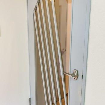 レトロな扉デザインが素敵