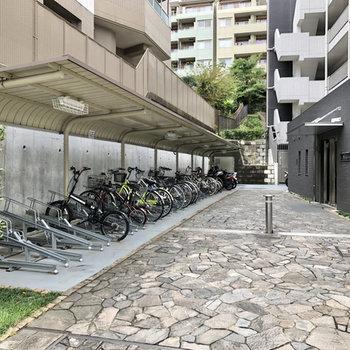駐輪場も用意されています