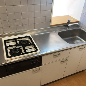 調理場も確保されていますね。※写真は5階の反転間取り別部屋のものです