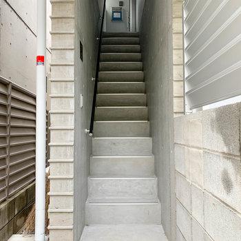 階段はこのお部屋専用。