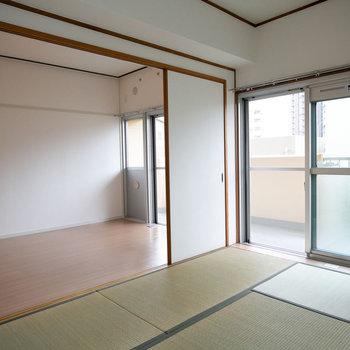 こちらはLDKのお隣の和室。