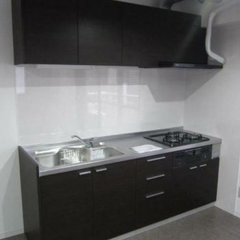 清潔感のあるキッチンはこちら