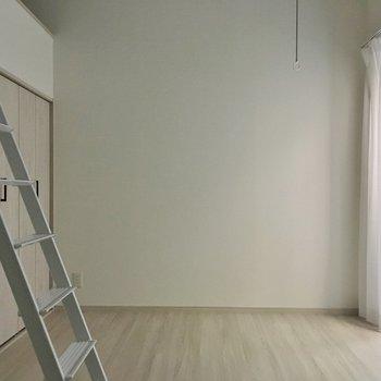 真っ白なお部屋です♩