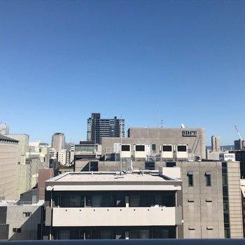 周りの建物より高いので視界良好。