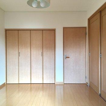 もちろん空間分けても◎(※写真は5階の同間取り別部屋、モデルルームのものです)