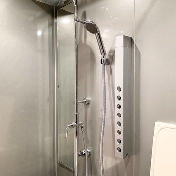 ミストシャワー付き!気持ち良さそう。