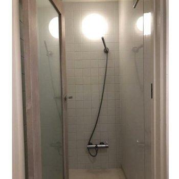 シャワー室も