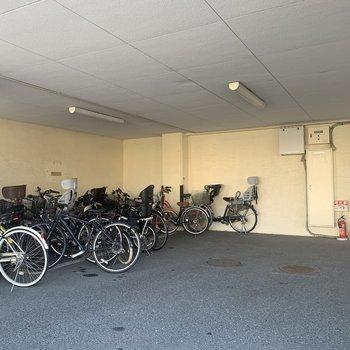 駐輪場は1階に!自転車はママの味方。