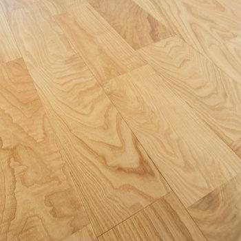 【完成イメージ】ヤマグリの無垢材をたっぷり。裸足で歩きたい。