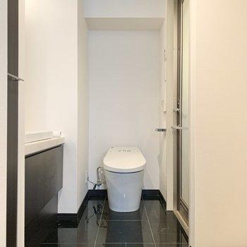トイレも脱衣所に